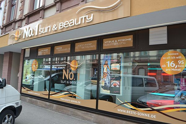 Das BeautyLight in Ihrem No. 1 Sun & Beauty Frankfurt